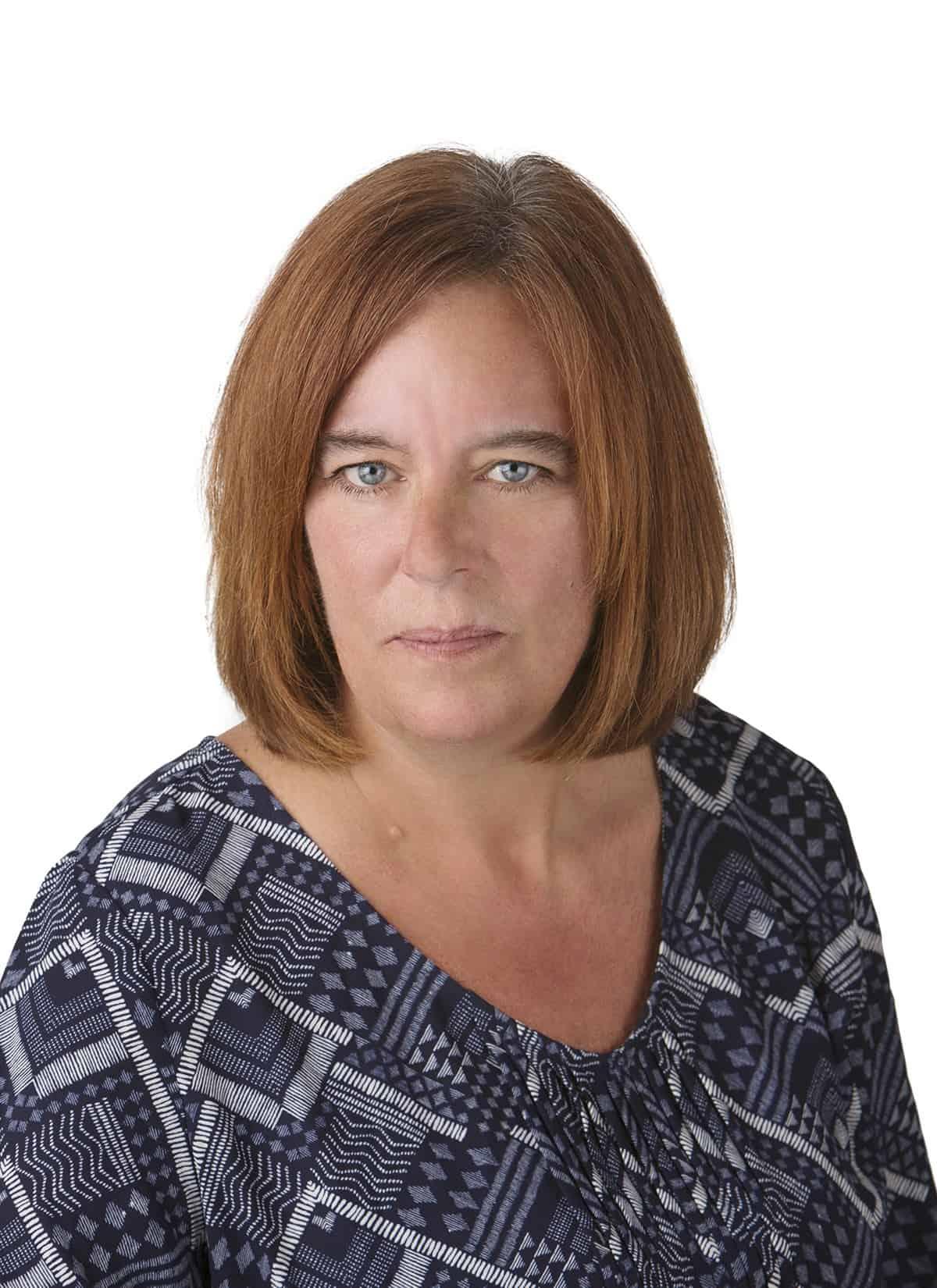 Jennifer Hollar